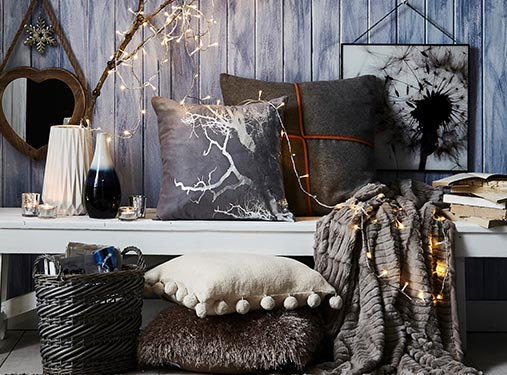 Cosy Cushions & Throws