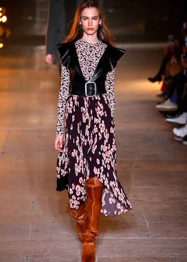 Catwalk Model Floral Print Maxi Dress